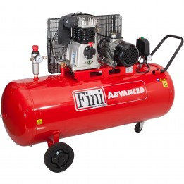 Kompresor tłokowy FINI MK 103-150-3T 400V